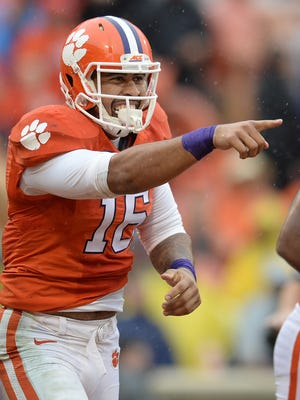 Clemson tight end Jordan Leggett (16) celebrates after catching a TD against Georgia Tech during the 2nd quarter Saturday, October 10, 2015 at Clemson's Memorial Stadium.