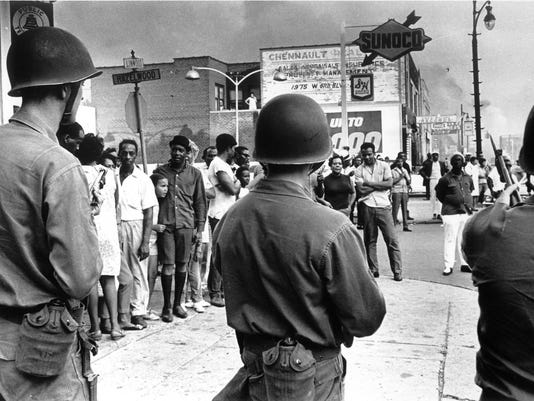 636259539838924582-1967-Detroit-riot-1-copy.jpg