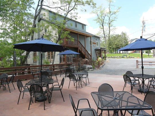The outdoor dining deck at Char 1788 in Gardiner.