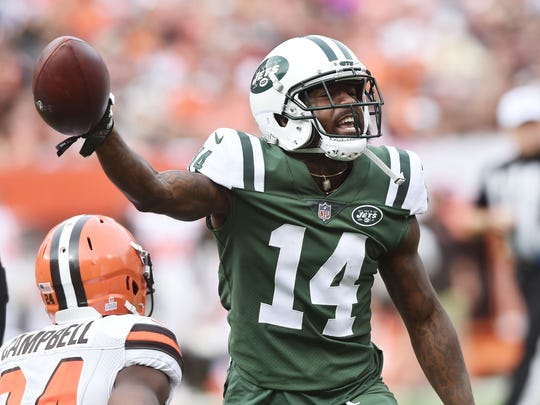 20. Jets (21): Still using smoke, mirrors to great effect, running win streak to 3 despite being outgained by 207 yards Sunday. Next, first-place scrum with Pats.
