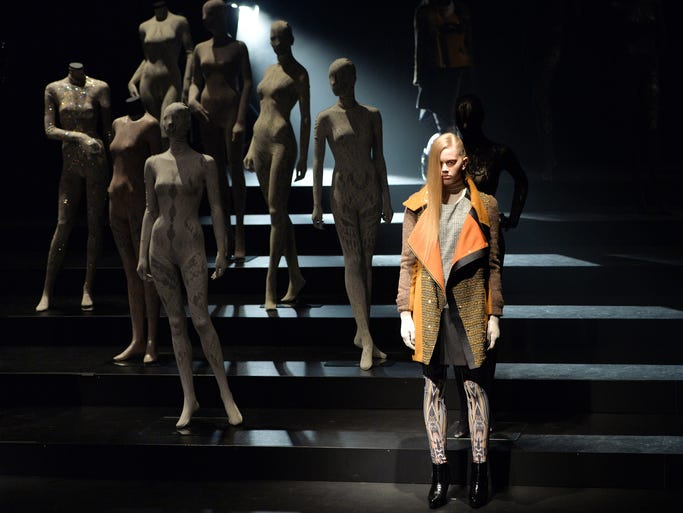 A model displays a creation designed by Japanese designer Tamae Hirokawa during the Somarta 2014-2015 autumn/winter collection during Tokyo Fashion Week on March 18, 2014.   AFP PHOTO / Yoshikazu TSUNO        (Photo credit should read YOSHIKAZU TSUNO/AFP/Getty Images)