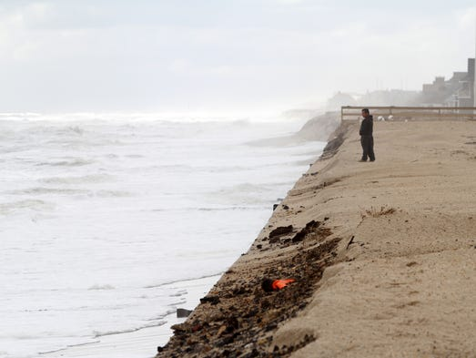 mantoloking men Mantoloking & hurricane sandy due to the damage caused by hurricane sandy, we are receiving an unusually large number of emails please visit the front page of this website, and the mantoloking office of emergency management for.