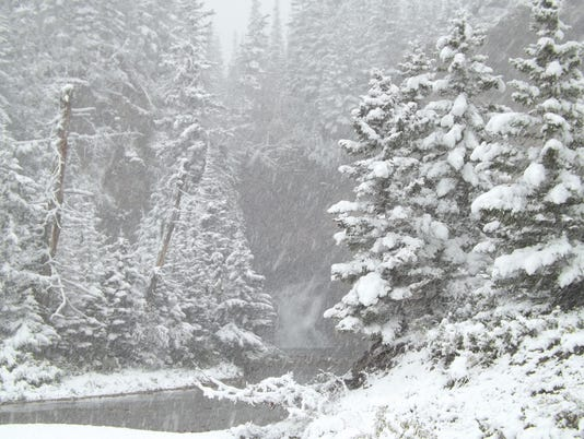 635803379609199982-trick-falls-snow