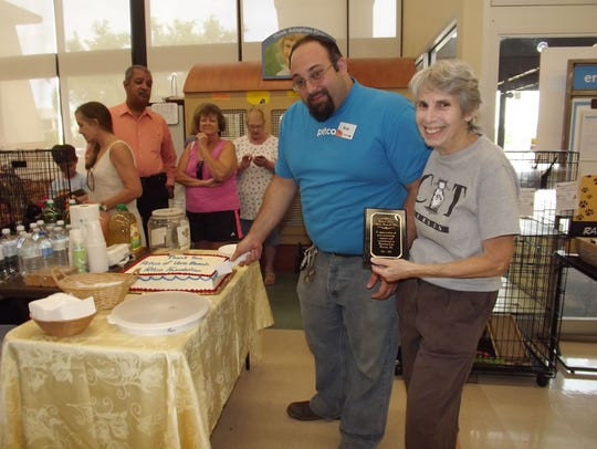 Linda Richter, president of Raining Cats Rescue, Inc.,
