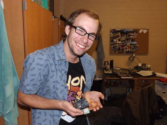 Evan Genuise