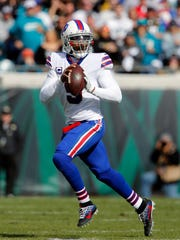How would Tyrod Taylor look in a Cardinals uniform?