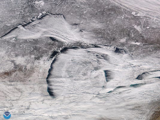 great-lakes-snow-122817