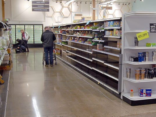 636504514656301171-0105-KSAP-MainVineClosing-Shelves-4735.jpg