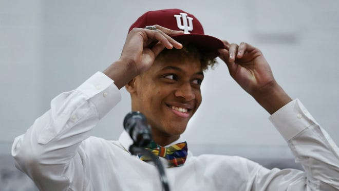 New Albany High School's Romeo Langford picks Indiana to continue his playing career. 