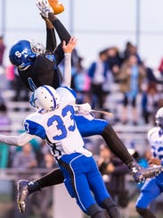 Stephen Decatur wide receiver Tyre Henry (4) hauls