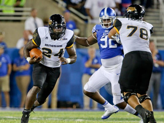 NCAA Football: Southern Mississippi at Kentucky