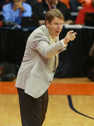 UTEP basketball coach Tim Floyd