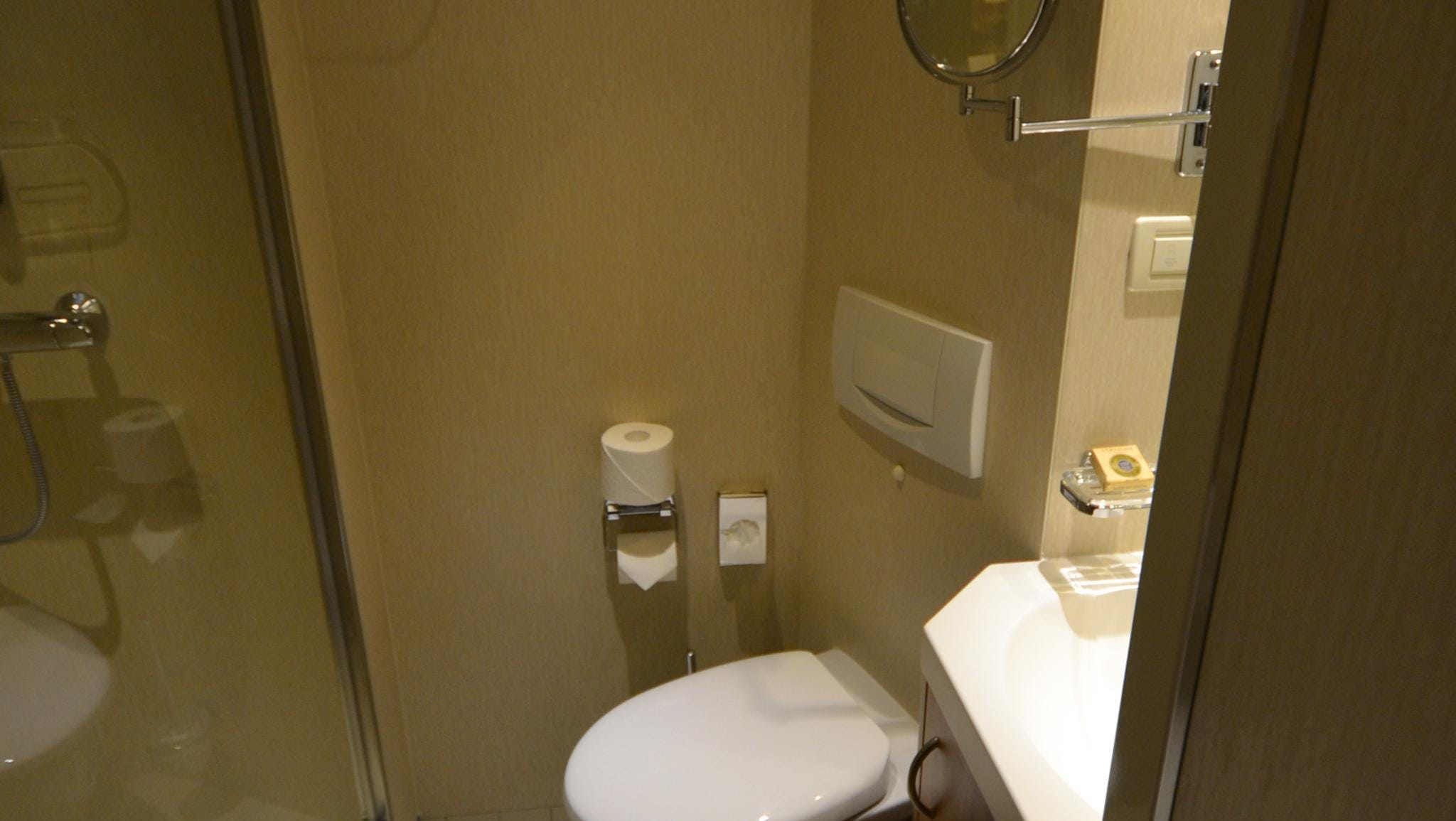 The bathrooms found in solo cabins are small but efficient.