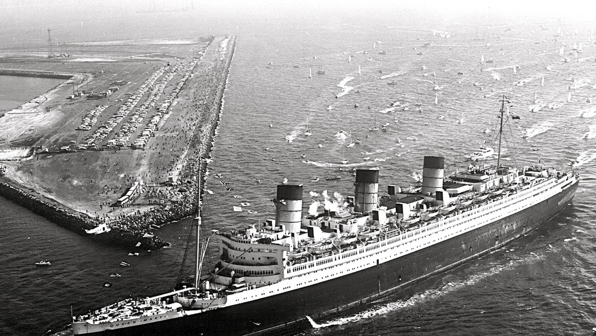 Thousands of spectators were on hand to greet the celebrated liner on a typically sunny Southern California morning.