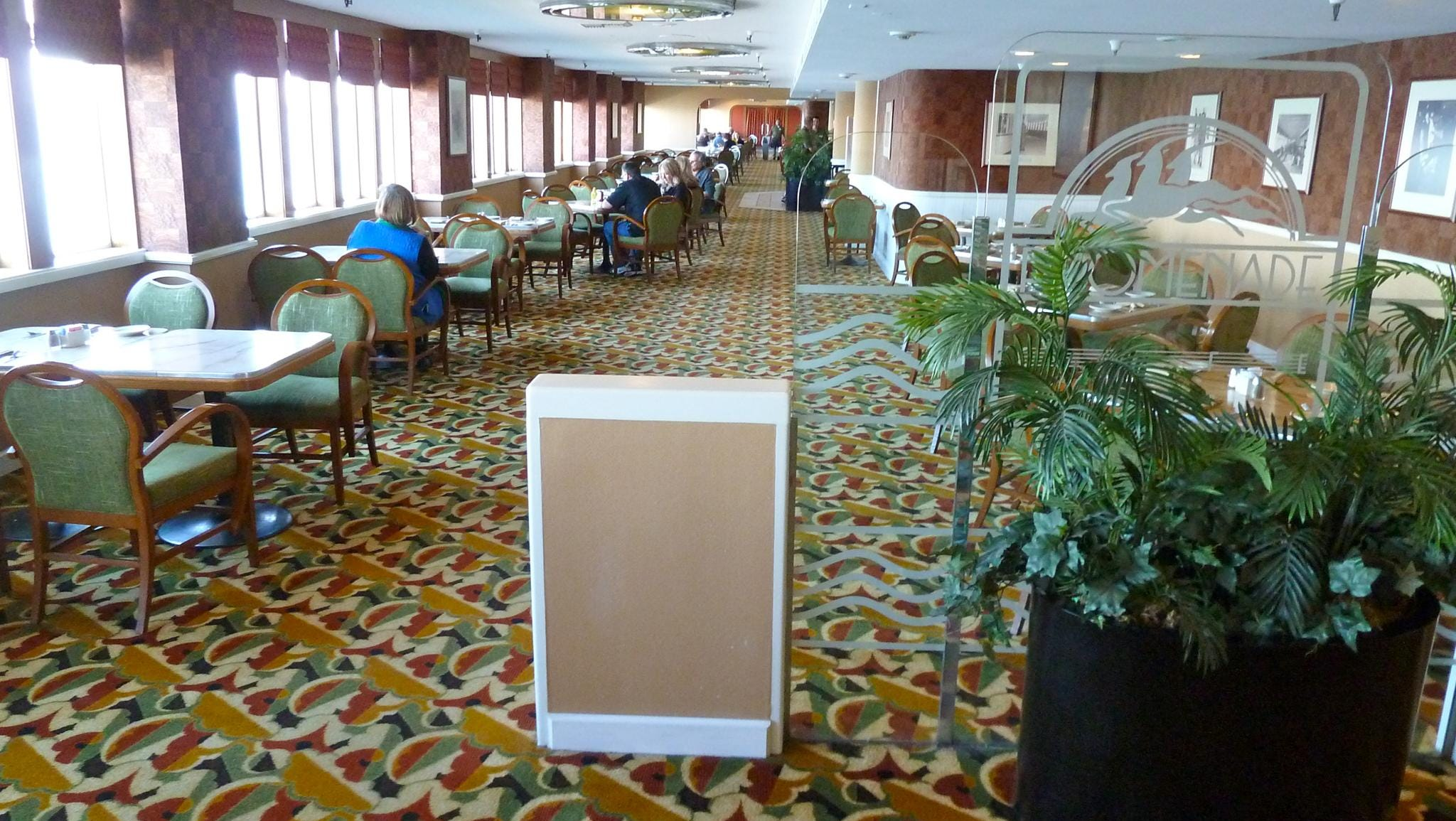 On the starboard side of the ship, the enclosed promenade was converted into restaurants and meeting rooms with a view of the downtown Long Beach skyline. Starting the line up is the Promenade Cafe, which is open for breakfast, lunch and dinner and serves up casual American diner fare.