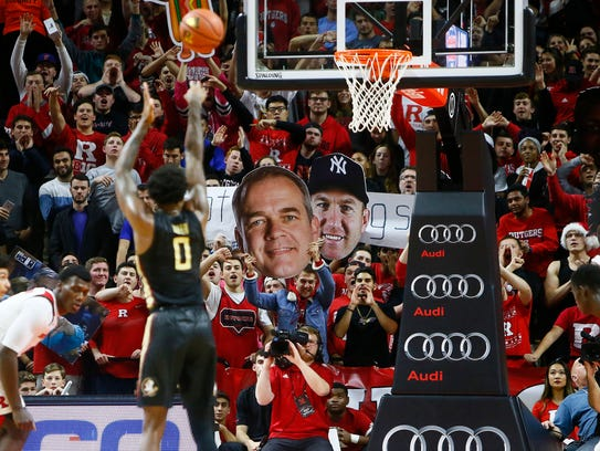 Rutgers men's basketball fans try to distract Florida