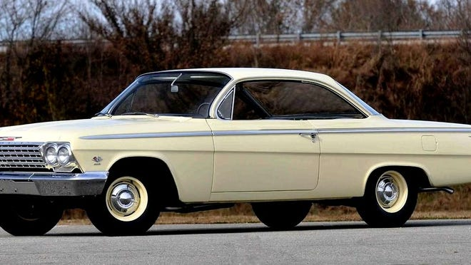 Back in 1962, if you wanted a bubble top full-size Chevy, it was only available in the Belair line as Impala and Biscayne had different roof designs. When adding the 409/425 option, you had a car that looked like a daily driver back then but it was the fastest full size production vehicle offered by Chevy that year. Not surprisingly it was a favorite of drag racers, too.