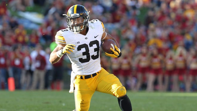 Jordan Canzeri has helped Iowa rush for more than 200 yards in both games this season.