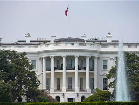 636143789433107969--stockphoto-AP-White-House.jpg