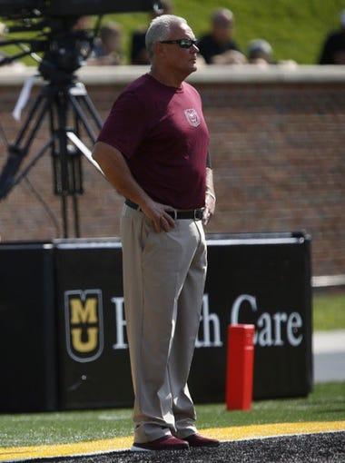 Bears head coach Dave Steckel