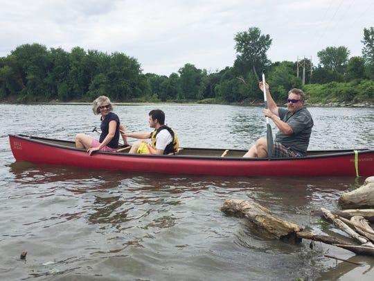 Casting off downstream, Burlington-bound, from left: