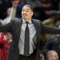 Tyronn Lue taking leave from Cavaliers to address health issues