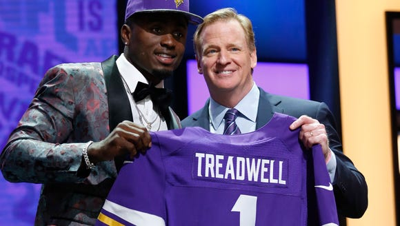 Apr 28, 2016; Chicago, IL, USA; Laquon Treadwell (Mississippi)