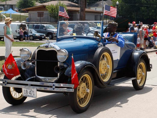 The Park Day parade nears Silver Springs Park in Springfield on August 2, 2014.