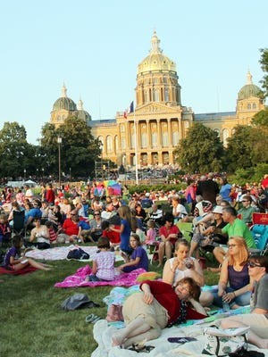 Enjoy music, fireworks and more at the Des Moines Symphony?s annual Yankee Doodle Pops concert on the Statehouse grounds. register file photo Attendees enjoy the music and beautiful weather at the Des Moines Symphony's annual Yankee Doodle Pops concert on the West Terrace of the Iowa State Capitol complex. Juice file photo Attendees enjoy the music and beautiful weahter at the Des Moines Symphony's 20th annual Yankee Doodle Pops July 3 on the West Terrace of the Iowa State Capitol.