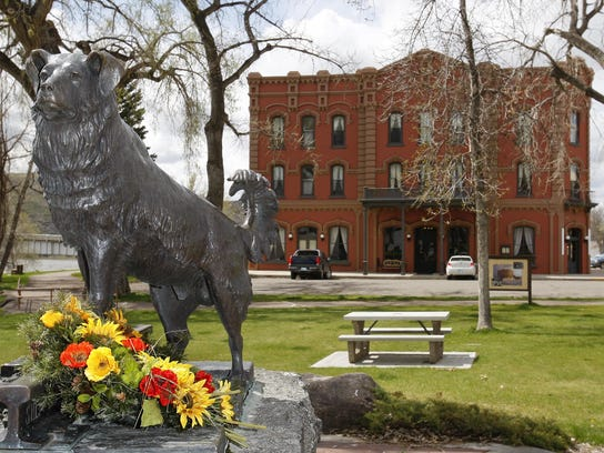 A statue of Shep the faithful dog stands on Front Street