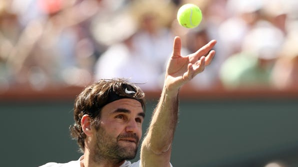 Federer gave answer on tennis ball color
