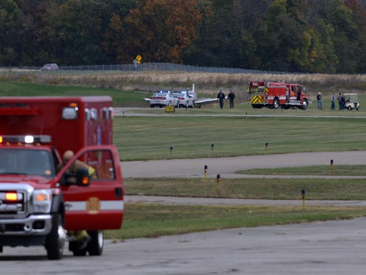 02 airplane crash