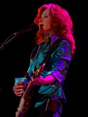 Bonnie Raitt will perform classic hits and material