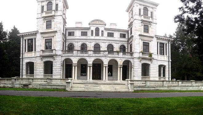 A panoramic photo of Swannanoa in Afton.