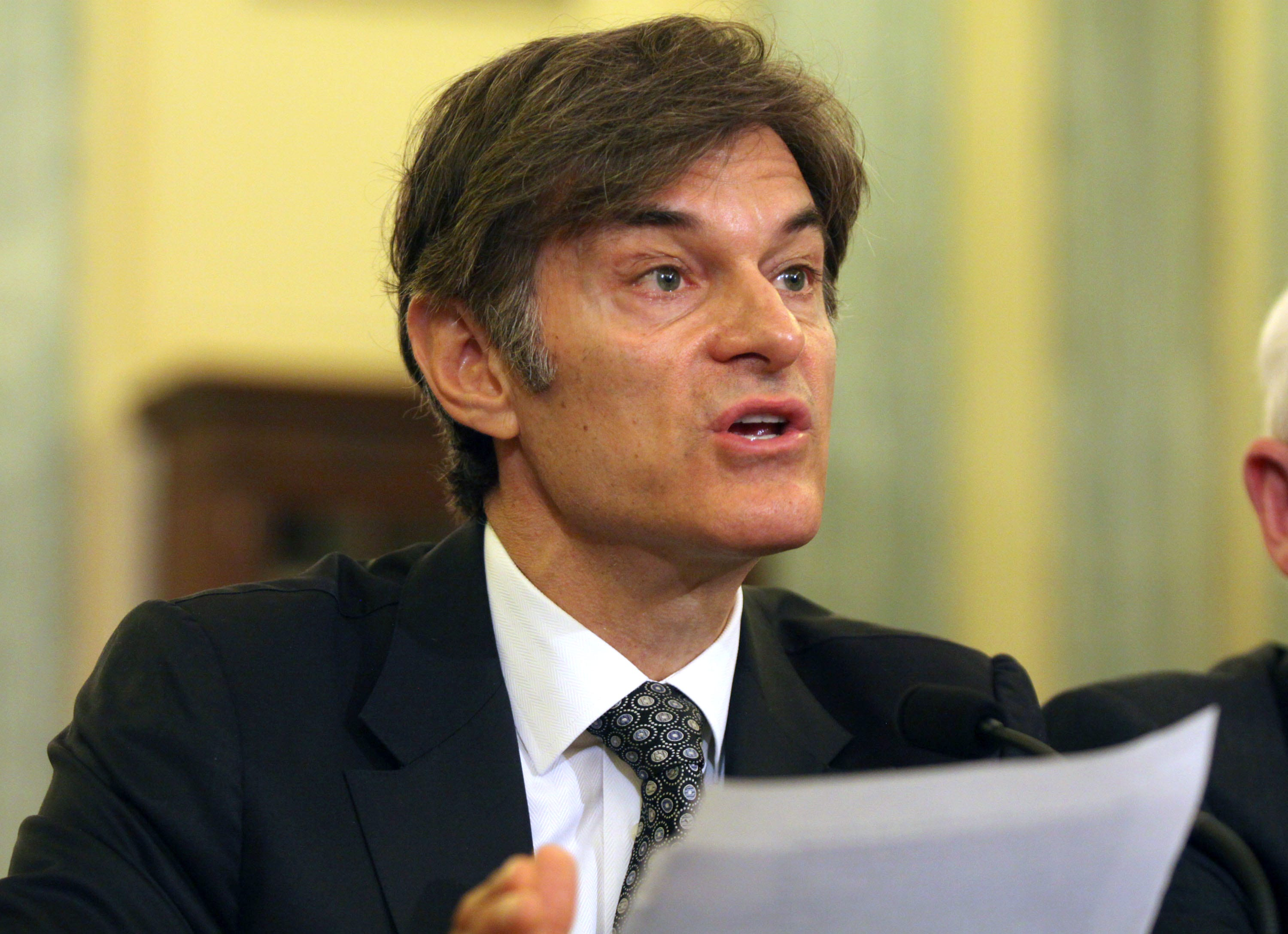 Columbia University College Of Physicians And Surgeons - Delaware's Dr. Oz is angry, ready to fight his critics