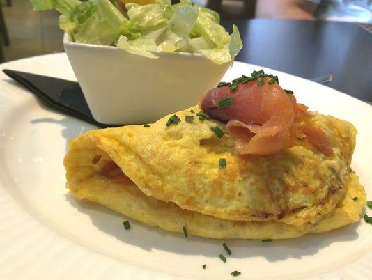 636602790523937317-adj-Wave-omelet--renne.jpg