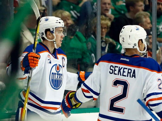 new style 45889 193d8 Connor McDavid's first hat trick helps Oilers snap losing streak