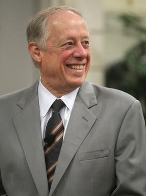 Former Gov. Phil Bredesen is weighing a run for U.S. Senate in Tennessee and is expected to have a decision by Thanksgiving.