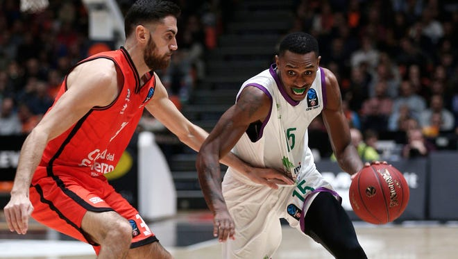 Former University of Southern Indiana basketball star Jamar Smith recently helped the Spanish team Unicaja to the 2017 EuroCup championship.