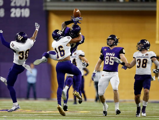 Western Illinois' Tyrin Holloway(16) breaks up a pass
