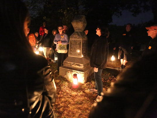 Things To Do In Westchester Today >> Sleepy Hollow Cemetery offers guided, lantern-lit tours