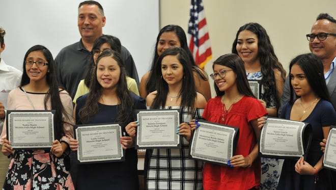 The Wichita Falls Independent School was proud to offer dual scholarships to 29 WFISD students Thursday afternoon. The $25,000 Bridwell Foundation grant will go towards the coverage of course expenses and books, according to a press release.