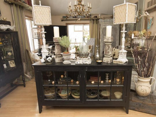 Stacia Fassbender of Slinger uses flea market finds and repurposed antiques for a style she describes her style as vintage modern with a touch of farmhouse and industrial and European influences.