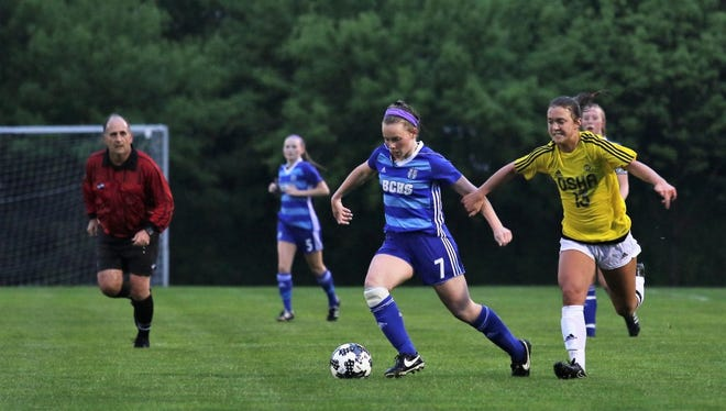 Emma Staszkiewicz of Brookfield Central moves the ball downfield against DSHA on Tuesday night at Quad Park.