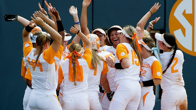 Tennessee celebrates after Tennessee's Meghan Gregg (55) hit a home run during an NCAA Regionals softball finals game between Tennessee and Longwood at Sherri Parker Lee Stadium in Knoxville, Tennessee on Sunday, May 21, 2017.
