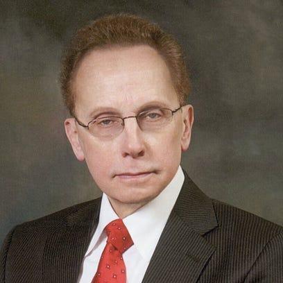 Warren Mayor Jim Fouts