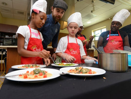 Kids in the Kitchen Competition 16