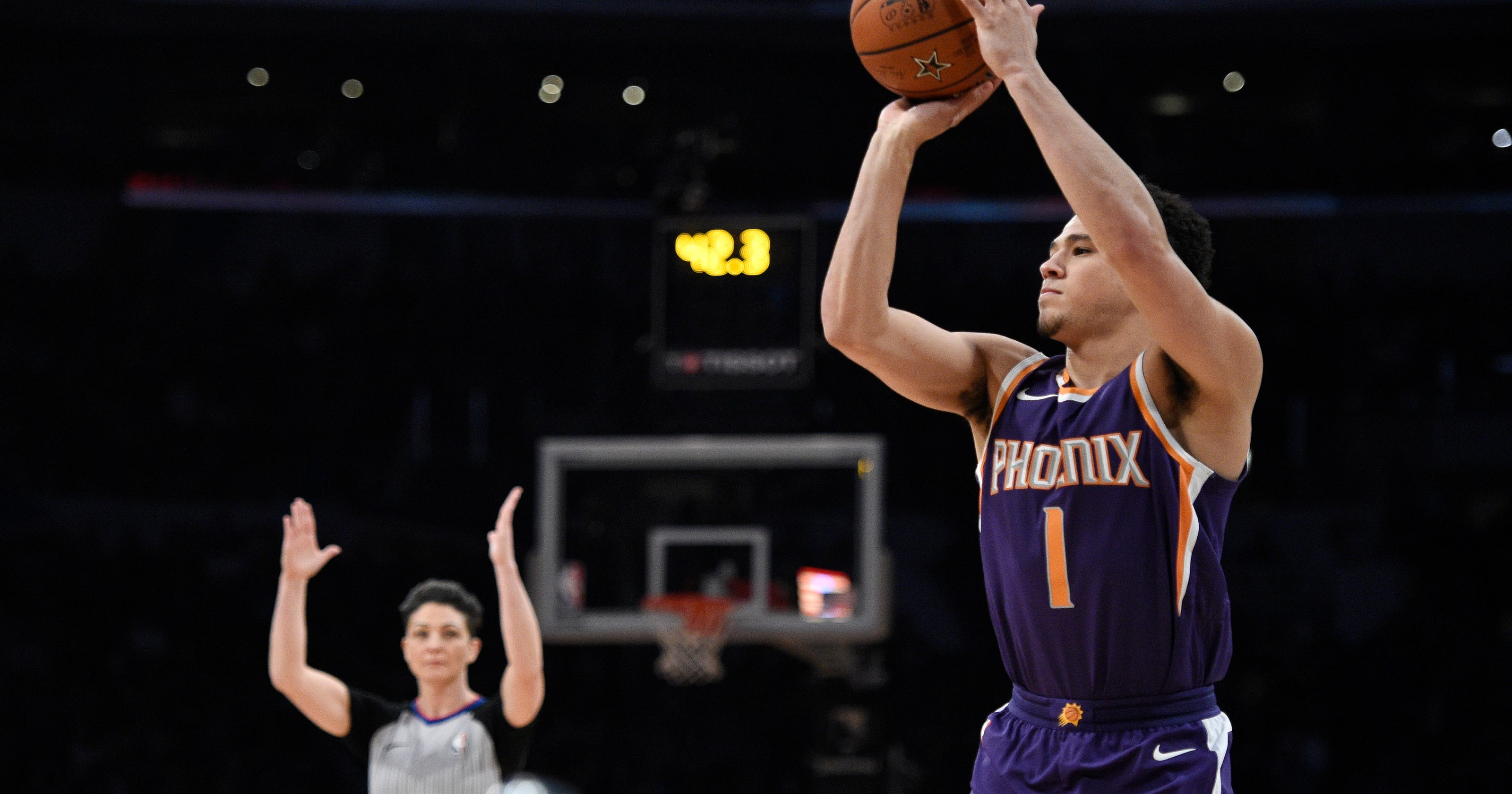 b33284412f93 3-point champion Booker stays upbeat as Suns losses mount