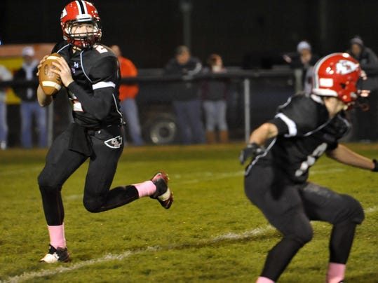 102514jr COS Claymont Coshocton football-1.jpg