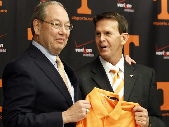 University of Tennessee Chancellor Jimmy Cheek, left,